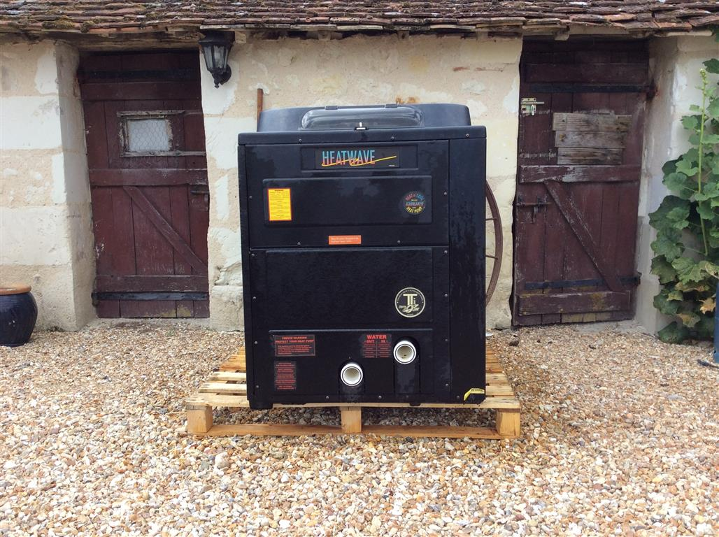 SOLD: Aquacal Tropical H155 31kw 3-Phase Second Hand Pool Heat Pump
