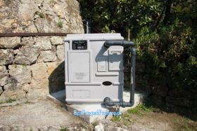 Heat Siphon Pool Heat Pump in South of France 2009