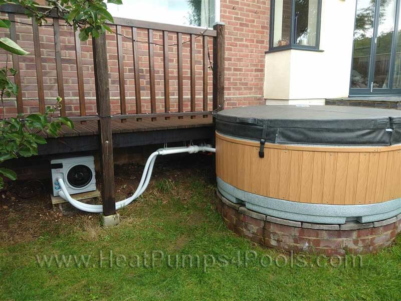 nano-action-heat-pump-on-hot-tub